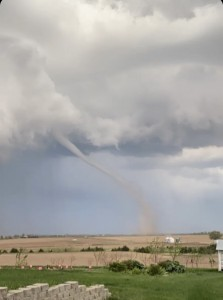 Tornado Just West Of Stromsburg This Evening Minor Damage To Farmstead